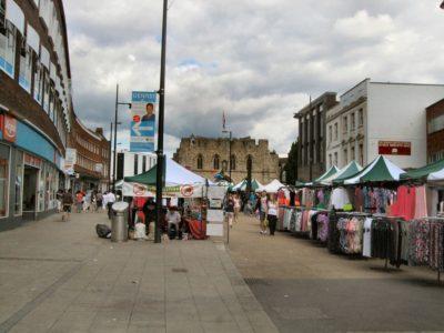 Mercado callejero de Southampton, Reino Unido.