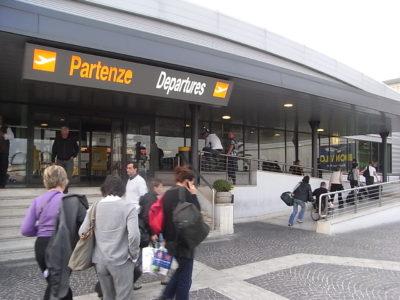 Aeropuerto de Roma-Ciampino, Roma, Italia. @ 2008 Isriya Paireepairit CC BY-NC 2.0