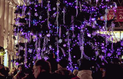 Árbol de Navidad en Budapest, Hungría.