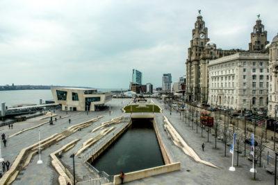 Pier Head, Liverpool, Reino Unido.