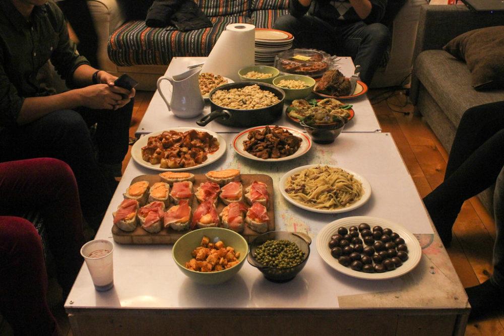 Cena internacional en Nochevieja.