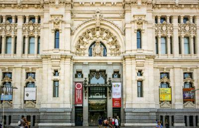 Palacio de Comunicaciones de Madrid, España.
