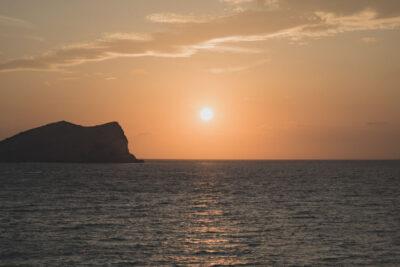 Amanecer en Ibiza, España.