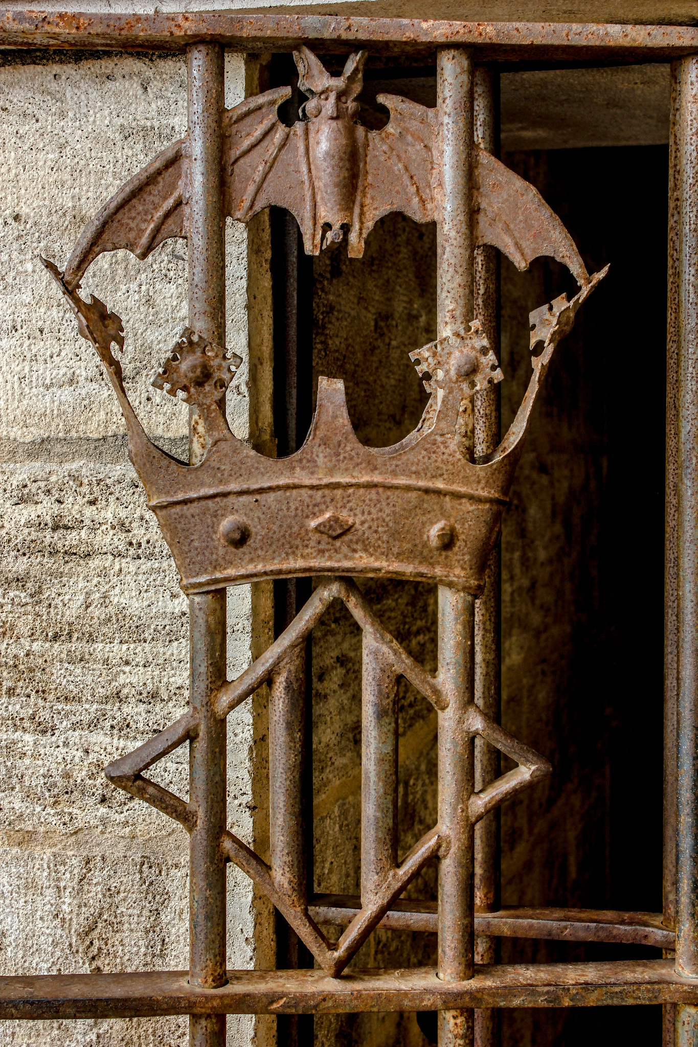Detalle del escudo de Valencia.