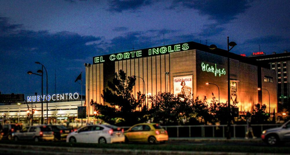 El Corte Inglés, Nuevo Centro, Valencia, España.