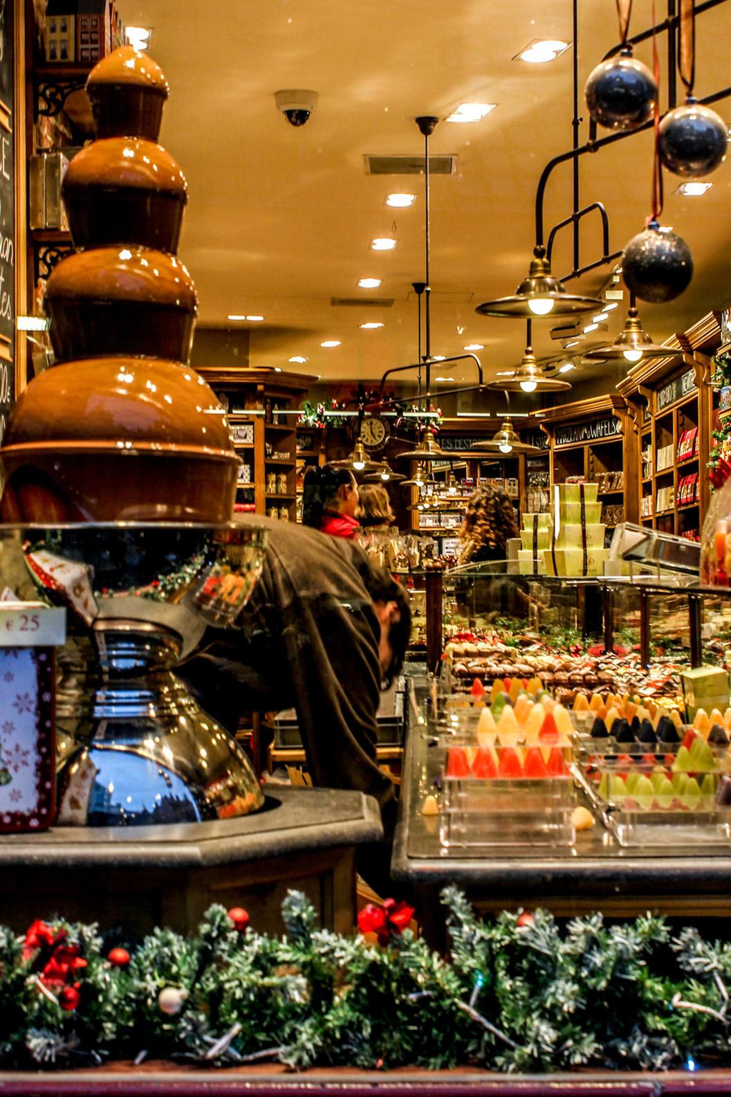 Tienda de chocolates en Brujas, Bélgica.